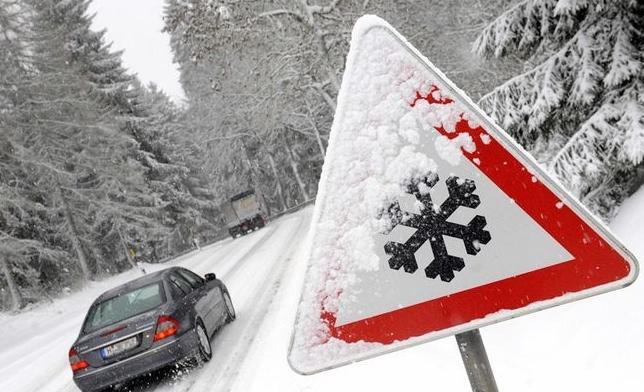 574999-consejos-para-conducir-sobre-la-nieve